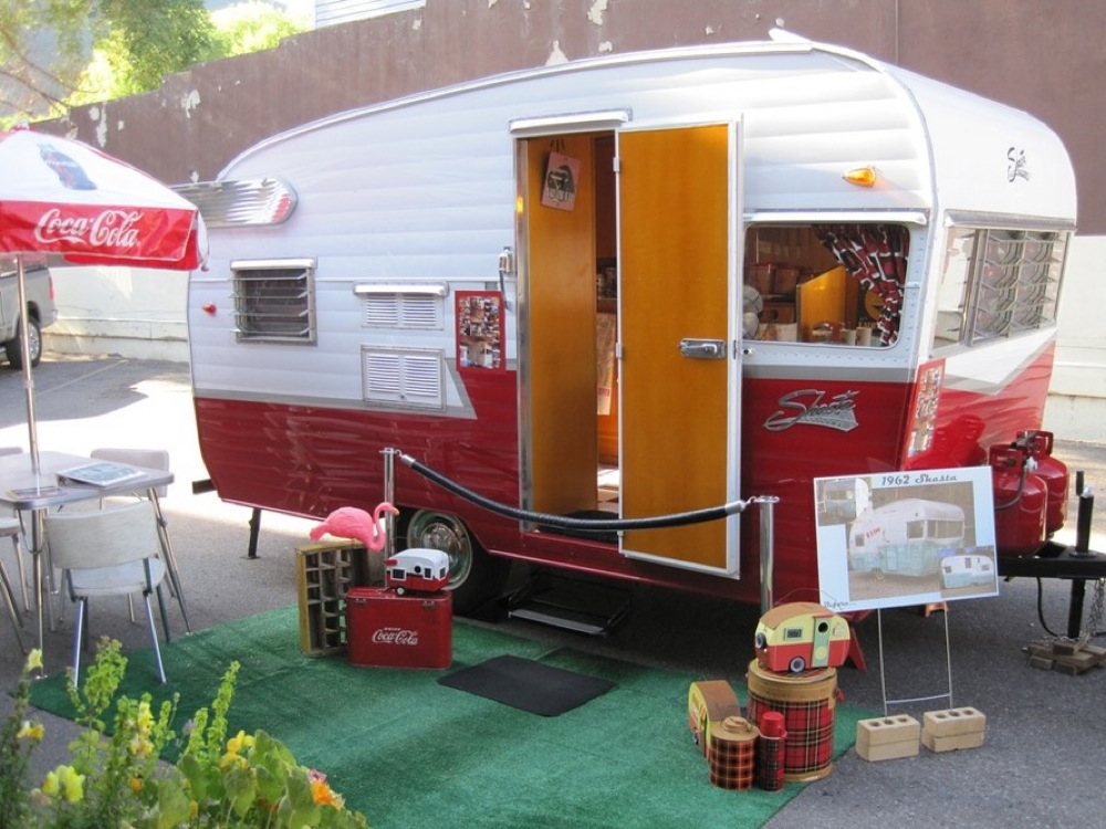 Jeremiah 20forehand likewise Glenwood Springs Couple Fully Restores 1962 Shasta Travel Trailer further Obituary additionally Leave A Sticky Mark At The Seattle Gum Wall besides Elin Baklid Kunz. on wilbanks family history