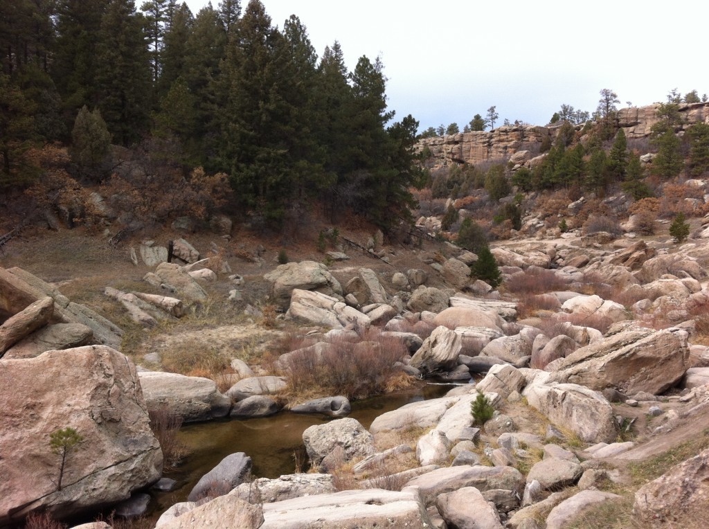 The route along the Inner Canyon Trail is meandering, making it ideal for a causal hike.